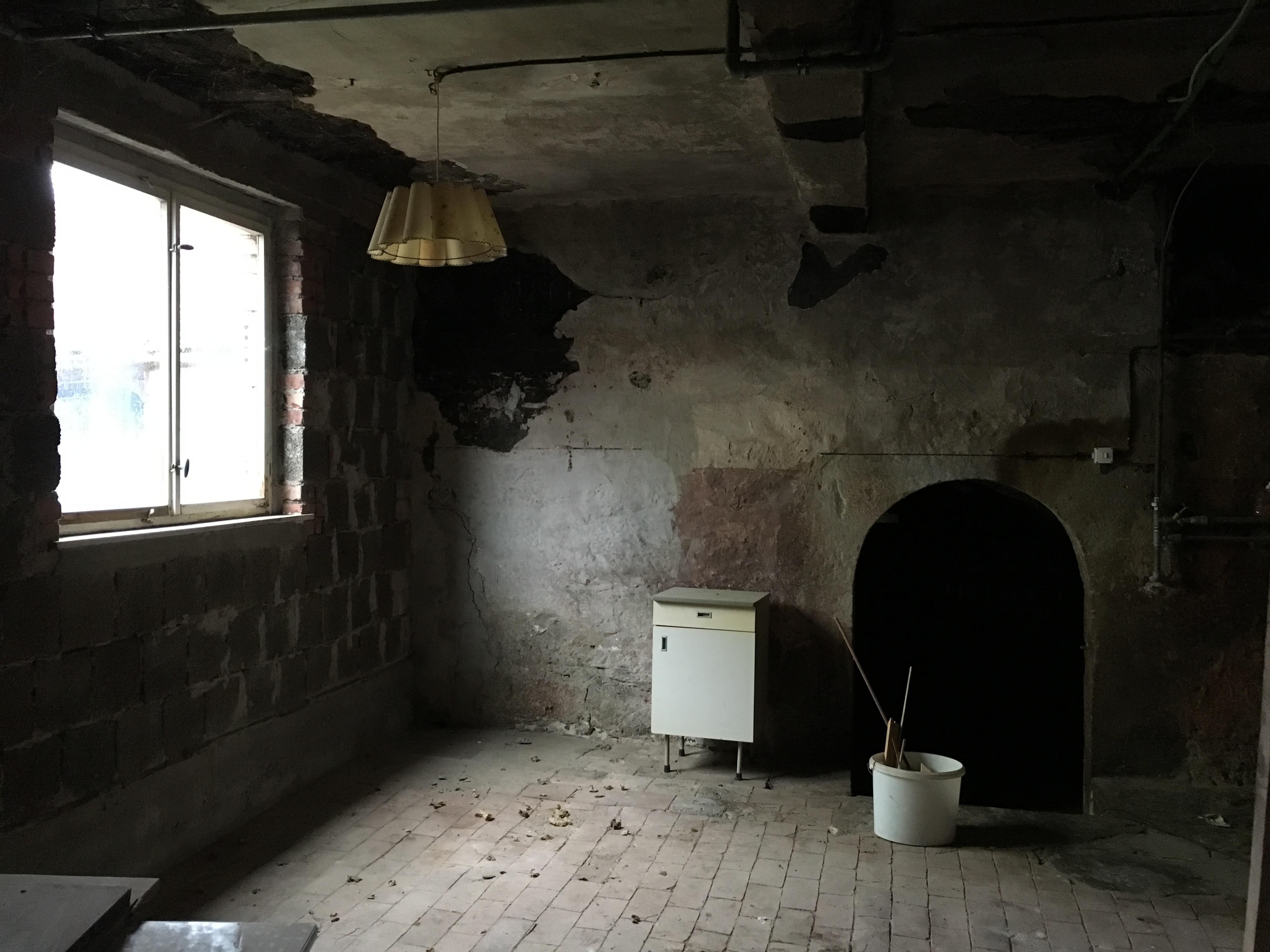 Schwarze Küche, Lehmgefache ausbauen – dysternis